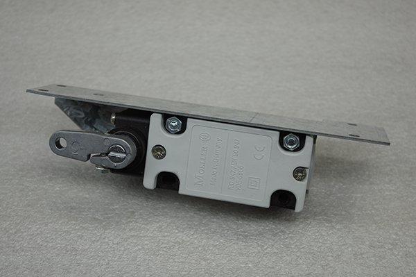 CR 32 Pullcord Switch Image