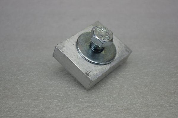 CR 41 End Mounting Bracket Clamp Image